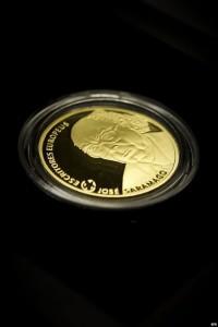 Moneda en oro